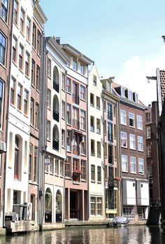 Amsterdam : As the Bird flies... Travel and Other Journeys