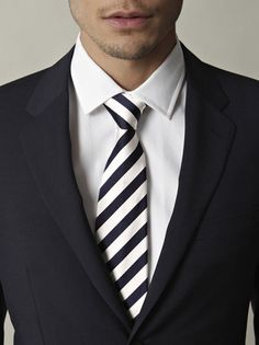 College stripe tie (Navy and White) by Paul Smith - I like the tie but the the collar points are a bit short.