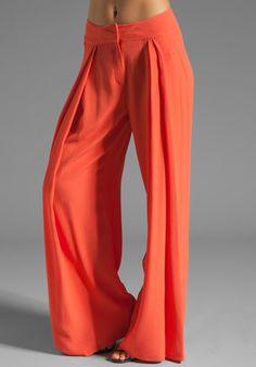 wide leg pant. need.