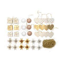 VINTER 2015 Set di 37 decorazioni a sospensione IKEA È facile da appendere grazie al nastro incluso.