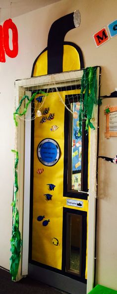 Yellow Submarine Door – vbs – Kinder Vbs Themes, Ocean Themes, Submarine Craft, Submarine Drawing, Festa Yellow Submarine, Submerged Vbs, Vbs 2016, 2017 Vbs, Under The Sea Theme