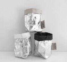 The Minimalist - Metallic Bag Matte Black Uashmama paper bags