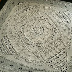 My Sophie's Universe blanket is now blocked and lovely and flat. Big thank you to my lovely friend and guru @barbertondaisy for encouraging…