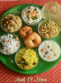 South Indian Thali, South Indian Food, Veg Recipes, Indian Food Recipes, Cooking Recipes, Lunch Menu, Dinner Menu, Veg Thali, Healthy Food Quotes