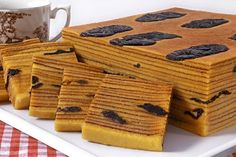 If you are looking for good Resep Kue Lapis Legit Prunes cooking tutotial you've come to the right place. Layer Cake Recipes, Cookie Recipes, Layer Cakes, Lapis Legit, Resep Cake, Asian Cake, Steamed Cake, Asian Desserts, Cafe Food