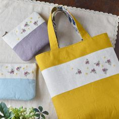 Does it look like Japanese style? I can see it. . なんかとても和風な感じに仕上がった! #bag #pouch #embroidery #バッグ #ポーチ #刺繍