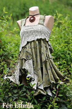 ptite tunik à bretelles croisées au dos en velours tout doux : T-Shirt, debardeurs par fee-ethnik