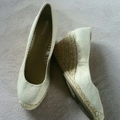Merona Wedge Wedge they are a cream with gold fleck ing very cute!!! Merona Shoes Wedges