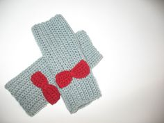 Crochet Fingerless Gloves In Light Grey With a Red by TissaGibbons, €18.00