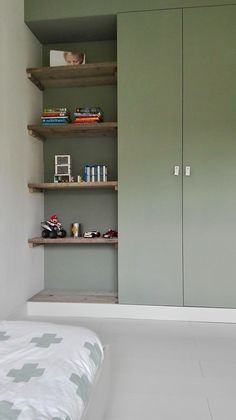 Small Bedroom Storage - If you've got a small bedroom, you may be struggling with small bedroom storage to make space and maintain a stylish bedroom. Cozy Bedroom, Kids Bedroom, Stylish Bedroom, Bedroom Storage Shelves, Vintage Bedroom Decor, Tidy Room, Minimalist Room, Girl Bedroom Designs, Bedroom Wardrobe
