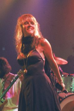 Lead singer Stevie Nicks performing w. rock group Fleetwood Mac at unident. (Photo by Robin Platzer//Time Life Pictures/Getty Images) Lindsey Buckingham, Buckingham Nicks, John Mcvie, Members Of Fleetwood Mac, Stevie Nicks Fleetwood Mac, Stevie Nicks Witch, Stevie Nicks Young, Stephanie Lynn, Women Of Rock