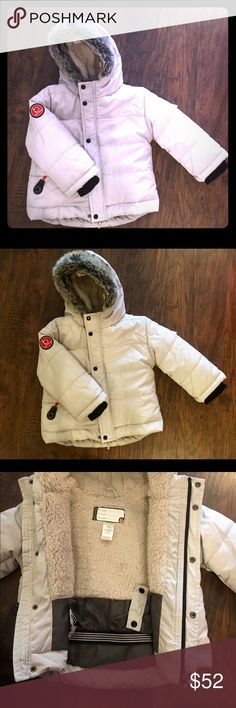 Boys' 3T Blue Banana Puffer Jacket Dove Grey Blue Banana size 3T puffer/winter jacket; complete w/double lining, name tag, and compass. Perfect for winter weather! Blue Banana Jackets & Coats Puffers