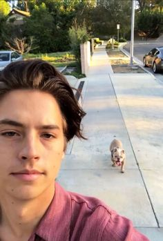 cole and dylan sprouse cole Dylan Sprouse, Cole Sprouse Funny, Cole Sprouse Snapchat, Archie E Betty, Betty Faria, Cole Sprouse Aesthetic, Cole Sprouse Wallpaper, Cole Spouse, Lili Reinhart And Cole Sprouse