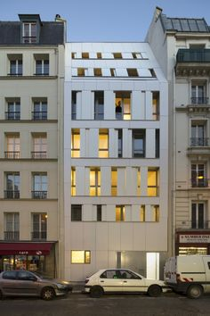 Rue des Poissonniers Housing in Paris / designed by MAAST (photo by Cecile Septet)