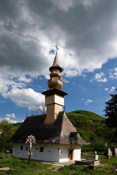 Medieval wooden church from Copalnic Vale, Maramures, www.romaniasfriends.com