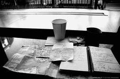 ARCHIVES JOURNAL PHOTO, il y a 7 ans: «Hidden from the cold» La PHOTO du Jour du 3 janvier 2008 http://www.messyasz.fr/FDJ/2906 #Flatiron #NY #NYC #NewYork #Manhattan #coffee