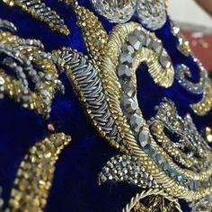 Для вдохновения... #канитель #трунцал #вышивка #вышивкаспб #купитьканитель #купитьканительспб #материалыдлявышивки #ручнаяработа #ручнаявышивка #зардози #индийскаяканитель #индийскаявышивка #embroideryhoop #embroideryfashion #embroidery #dapka #coutureembroidery #detail #fashion #fashionembroidery #Regrann