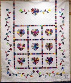 Dresden Heart quilt.  Mennonite quilt auction (Kansas).
