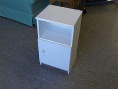 White Bedside Cupboard ------------ £7 H-70cm W-49cm D-39cm (PC104)