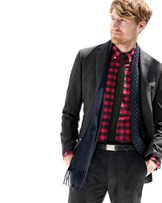 J.Crew men's Ludlow Italian suiting and vintage oxford shirt in buffalo check.