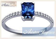 Bello anillo de compromiso de zafiro y diamantes! Guatemala www.aristos-joyeros.com