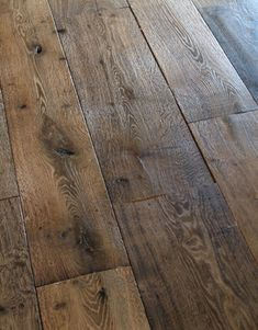 From classic salvaged and reclaimed antique French oak floors to modern engineered European contemporary floors. I think I'm learning that I like french oak floors. Planchers En Chevrons, Wooden Flooring, Oak Flooring, Rustic Floors, Distressed Hardwood Floors, Tile Wood, Flooring Options, Flooring Ideas, Decoration Inspiration