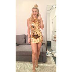 """1.1 mi curtidas, 6,798 comentários - Shakira (@shakira) no Instagram: """"Ya estoy a punto de salir para presentarles mi álbum #ElDorado! Estamos a una hora y media de…"""""""