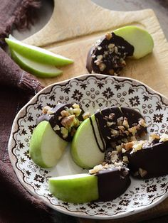 Dark Chocolate Dipped Apple Wedges Recipe