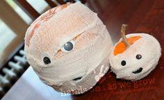 Halloween pumpkin mummies craft