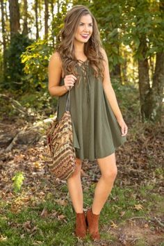 Browse our beautiful dresses in many colors and styles at Red Dress Boutique. Find women's outfits for sale at the lowest prices. Shop for the perfect outfit! Casual Senior Pictures, Senior Picture Outfits, Unique Dresses, Casual Dresses, Fashion Dresses, Sexy Outfits, Cute Outfits, Trendy Tops, Green Dress