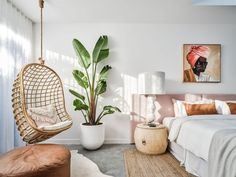 We take a look around this incredible Byron Bay Airbnb which just oozes style and luxe. You can even 'shop the look' from paint to doors to cushions!