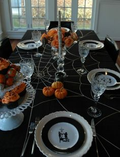 Gorgeous Spider And Mummy Halloween Tablescape!