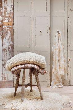styling - José Spaans | photography - Peggy Janssen | 'Warm' for Happinez.nl