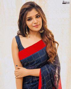 Actress Aathmika Latest Beautiful Saree Stills Beautiful Saree, Beautiful Indian Actress, Beautiful Legs, Beautiful Actresses, Simply Beautiful, Beautiful Places, Indian Beauty Saree, Indian Sarees, Tamil Saree