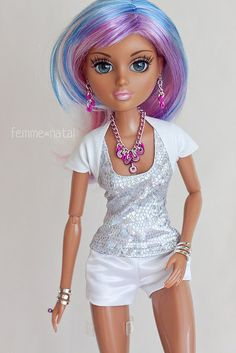 """Teen Basics in White OUTFIT for 14"""" Moxie Teenz 