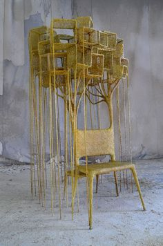 Nacho Carbonell: 'I try to communicate to many people through objects' Pottery Sculpture, Sculpture Art, Nachos, Atelier Theme, Tree Chair, Land Art, Texture Art, Installation Art, Les Oeuvres