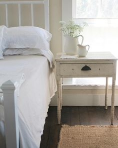 So here is a little sneak peek at the changes I have made to the guest room! I have a little more to finish up in here but I thought I woul. Farmhouse Bedroom Decor, Country Farmhouse Decor, Farmhouse Table, Country Living, Farm Bedroom, Cottage Bedrooms, White Farmhouse, Farmhouse Interior, Farmhouse Design