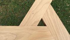 Petit tabouret (sans prétention) réalisé avec du châtaignier.Les assemblages se font par tenon-mortaise (aussi bien pour les angles à 45 des montants que pour l'assise)Les bois ont une section (une fois rabotés) de 45mm par 60mmLa[...]
