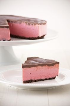 Chocolate Covered Strawberry Ice Cream Pie from HandletheHeat.com