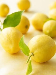 The Lemon Juice and Cayenne Pepper diet is said to guarantee quick weight loss, greater energy and better health, but its risks outweigh any potential benefits. Lemon Curd Dessert, Oranges And Lemons, For Love And Lemons, Colored Lemons, Lemon Yellow, Lemon Lime, Lemony Lemon, Hcg Recipes, Healthy Recipes