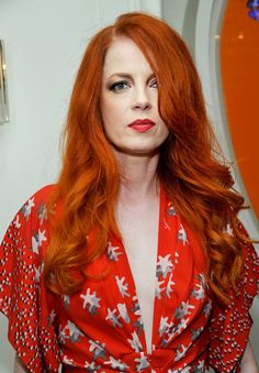 """"""" Shirley Manson attend a Tracy Paul dinner for Uno de 50 at Cecconi's Restaurant on October 2013 """" Shirley Manson, Janis Joplin, Vintage Hairstyles, Cool Hairstyles, Redhead Hairstyles, Combover Hairstyles, Japanese Hairstyles, Korean Hairstyles, Wedding Hairstyles"""