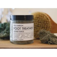 #figandyarrow #organic #artisan #handcraft #foot #treatment #peeling #present #spring #beauty #vanity #cosmetic 14€ you can find Here https://www.goodshaus.com/Alpine-Pumice-Foot-Treament-2-oz-Fig-Yarrow