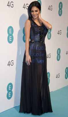 Nicole Scherzinger lights up 4G launch in Twitter dress.  Cute Circuit designed a mini-dress with 2,000 LEDs draped with a sheer over gown for the 4G event. - Telegraph  (November 2012)