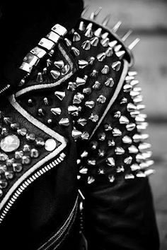 Two examples of rock style, the studded/spiked leather jacket. Rock Style, Style Me, Diesel Punk, Psychobilly, Boho Chick, Dark Fashion, Mens Fashion, Fashion Boots, Style Fashion