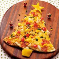 ツリーのピザ Christmas Pizza, Christmas Party Food, Xmas Food, Christmas Appetizers, Noel Christmas, Christmas Treats, Cute Food, Good Food, Party Dishes