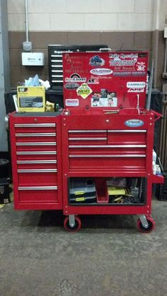 Modifications to the HF 4 and 5 drawer service carts - what changes have you made? - Page 12 - The Garage Journal Board Garage Tool Storage, Garage Tools, Garage Workshop, Box Storage, Workshop Ideas, Garage Ideas, Shop Tool Boxes, Custom Tool Boxes, Mechanic Garage