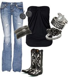 Oh my, I'm not even a big fan of wearing cowboy boots, but I would love to have this outfit!
