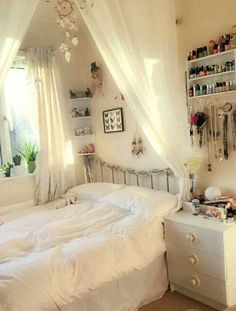 20 Teen Room Design Ideas Modern And Stylish. Designing a teen boy bedroom is r Teen Room Decor Ideas Bedroom Boy design Designing Ideas Modern Room Stylish Teen Teen Room Designs, Small Bedroom Designs, Small Room Design, Small Room Bedroom, Trendy Bedroom, Small Rooms, Modern Bedroom, Girls Bedroom, Bedroom Decor