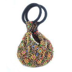 """Bolsa de Mão confeccionada em tecido e inteira bordada à mão com pedras douradas e coloridas. As bolsas indianas possuem um estilo descontraído e colorido combinando alegria e irreverência, esta bolsa une o colorido indiano com classe e elegância, completa um look """"Boho Chic""""."""