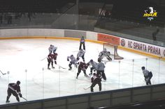 ハルラがスパガルトプラハU20と練習試合 / 클릭하면 큰 이미지로 볼수 있습니다. Hockey, Basketball Court, Asia, News, Sports, Hs Sports, Sport, Field Hockey, Ice Hockey